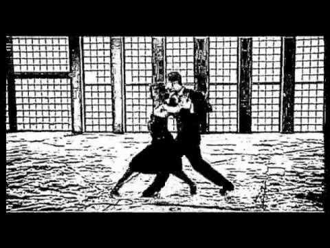 Tango Santa Maria - Gotan Project... superbe tango.... cela fait des années que je rêve de prendre des cours.. j'ai déjà les bases .... j'y arriverais ^^
