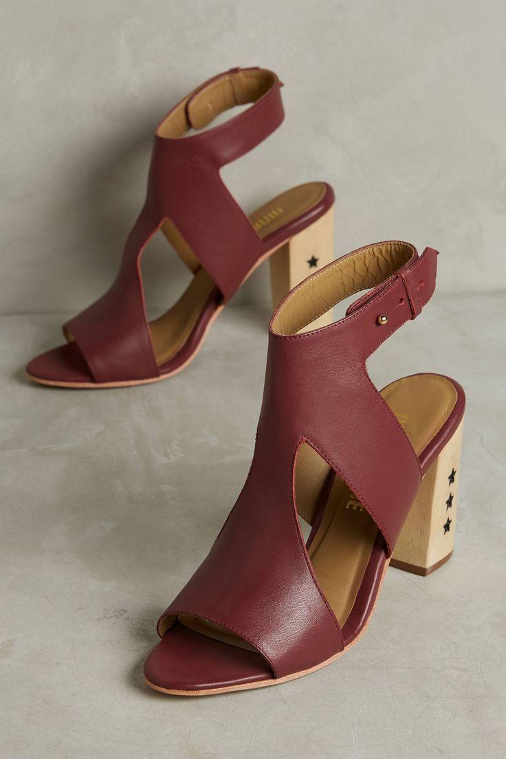 Nina Payne Izzy Star Heels