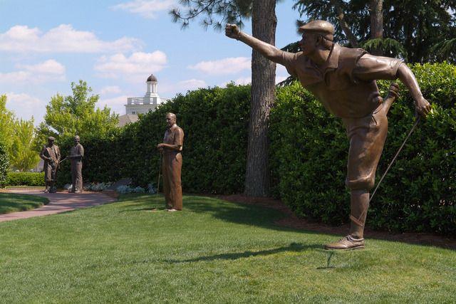 pinehurst no. 2, 18th green statue | Pinehurst No. 2 at Pinehurst Resort in North Carolina