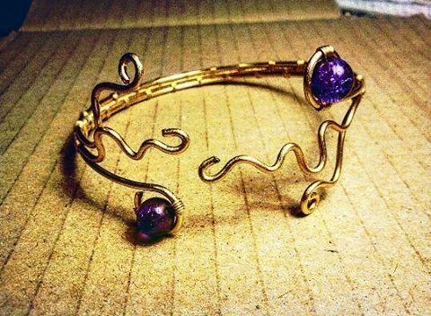 #bracciale #braceletshop #braceletshopping #braceletshops #bracelet #bracelets #bijoux #bijou #ottone #gioielli #artigianato #handmade #handmadeshop #bijouxdusoleil #braccialiottone #braccialihandmade #madeinitaly #madeinbergamo #artisan #artigiani #fattoamano #braccialifattiamano #gioielliartigianali #braceletbrass #brass #metalwork #gioiellifattiamano #gioiellifattiamanoinvendita #wire