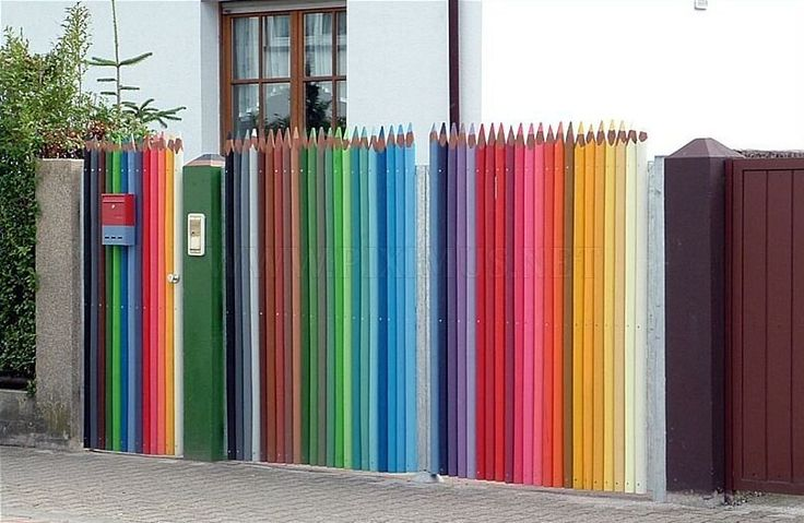the-best-street-art-Street Art Utopia, Picket Fence, Gardens, Colors Pencil, Pencil Fence, Crayons, Gates, Colored Pencils, Streetart