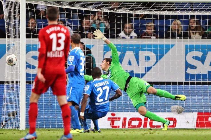 Stefan Kiessling strzelił gola widmo • Błąd sędziego • Bayer Leverkusen vs Hoffenheim • Liga Niemiecka • Nieprawidłowy gol • Zobacz >>