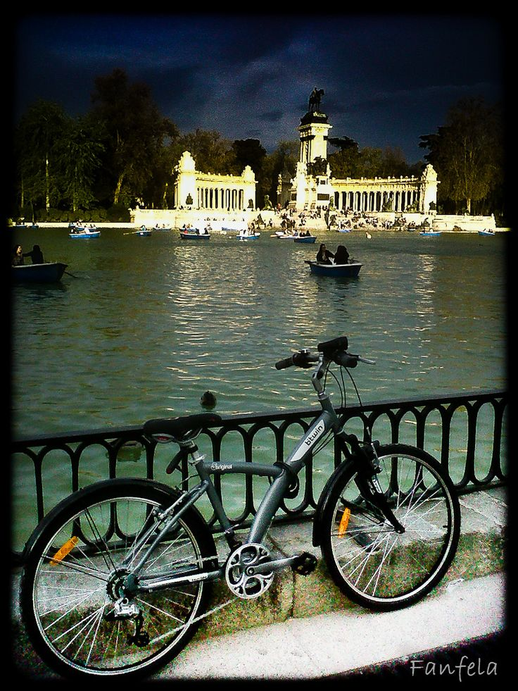 Parque el Retiro - Madrid, Spain