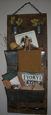 A Primitive Place ~ Primitive & Colonial Inspired Laundry Rooms: Primitive Side, Primitive Crafts, Primitive Colonial, Primitive Country, Vintage Prim Styles, Country Primitive Decor, Primitive Laundry, Primitive Place, Laundry Room