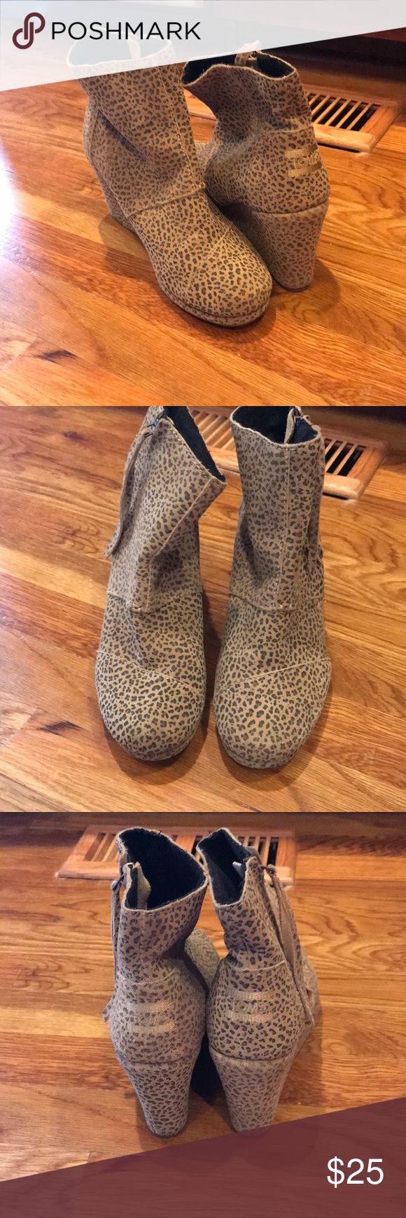 TOMS Wedge shoes TOMS Wedge Booties in cheetah print size 7. GUC Toms Shoes Ankle Boots & Booties