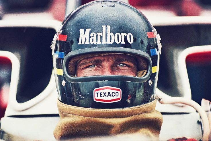 I have one thing in common with James Hunt...  ...my birthday!