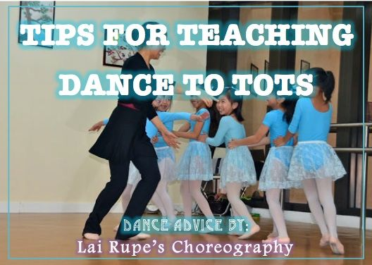 "teaching dance to underprivileged kids Delhi police holds classes for underprivileged kids ""volunteers keep coming to the school to teach dance and singing to them."