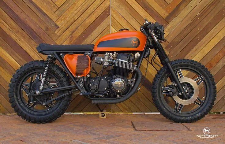 Catrina CB750 CafeTracker ~ Return of the Cafe Racers