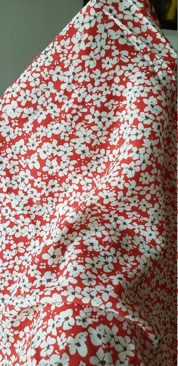 60 inches wide Price is per Yard 100/% Polyester Floral Chiffon Burnout in Red