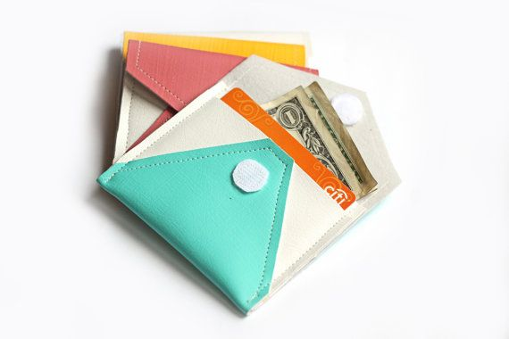 credit card holder to protect from scanners