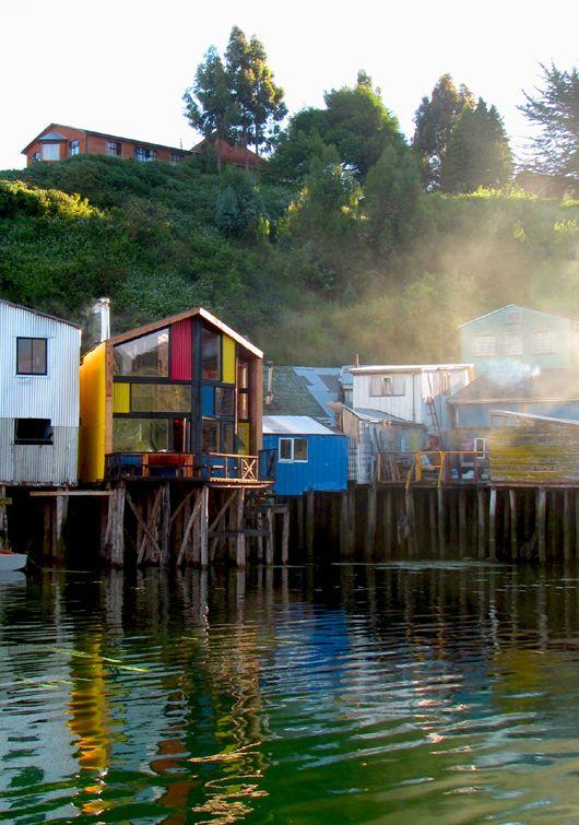 Los palafitos de Castro se encuentran en proceso de recuperación, sucesos, edificaciones que se emplazan sobre pilares de Luma y Ciprés. Los palafitos Pedro Montt, uno de los tres barrios de palafitos en la ciudad de Castro, emprenden su anexión a esta lista de aporte a la ciudad, a la imagen y al valor cultural de estas típicas edificaciones sobre el mar. Isla de Chiloe, Chile