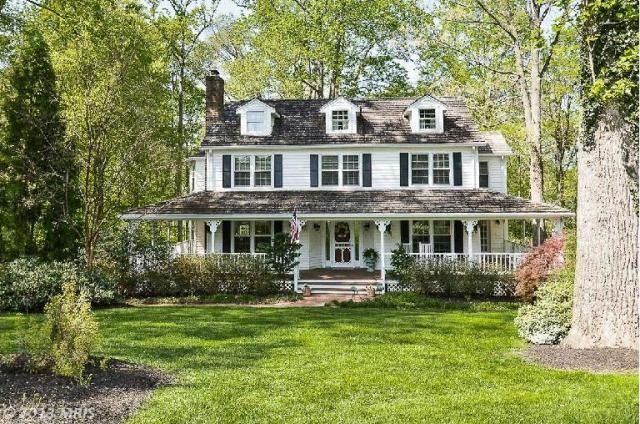 25 best ideas about New England Farmhouse on Pinterest
