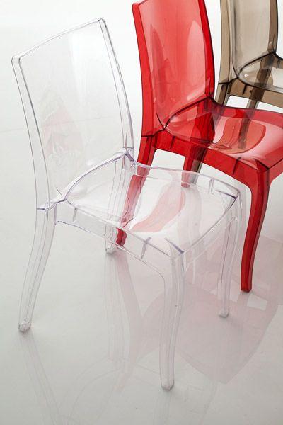 mod. Lucilla (cod. 108) #sedia in #policarbonato disponibile in quattro colori adatta anche per #ambienti #esterni.
