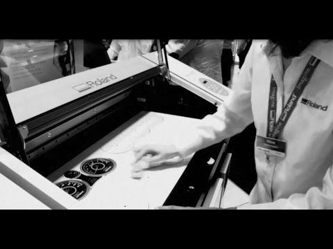 Printing dials with a VersaUV LEF-300 at DRUPA 2016