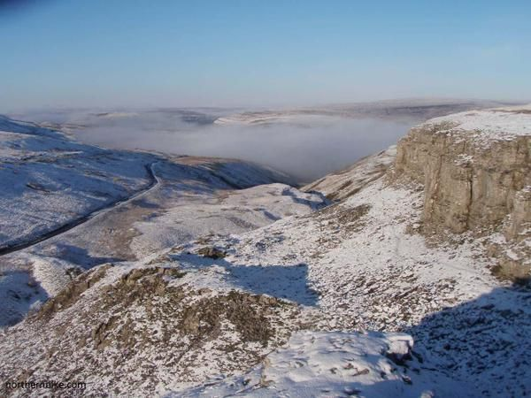 Oxnop Scar, Swaledale, #Yorkshire_Dales National Park, #England.  https://twitter.com/northernbike/status/549871508861243392