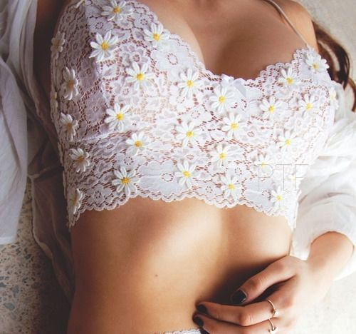 Gorgeous! Daisies are my favourite!