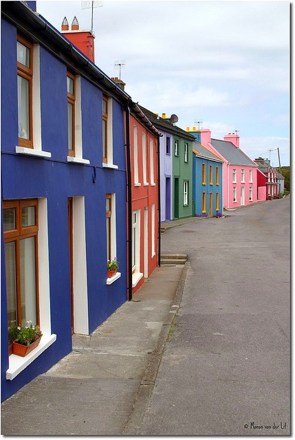♡ coloured irish houses