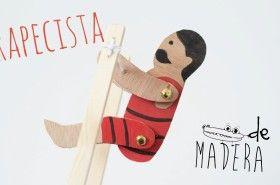 Trapecista de madera juguetes clasicos. #Manualidades hechas de #Madera