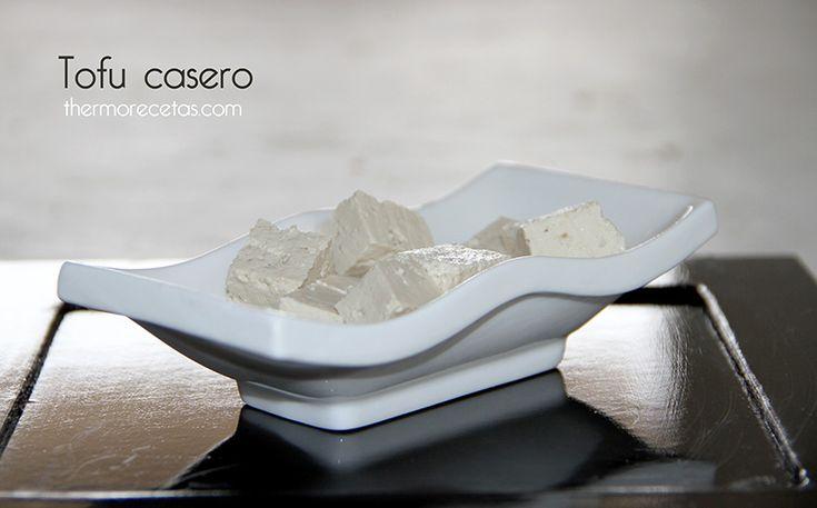 Tofu casero (queso de soja) - http://www.thermorecetas.com/2014/03/30/tofu-casero-queso-de-soja/