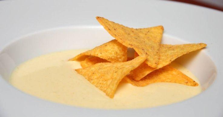 Mennyei Kukorica krémleves recept! Isteni kukorica krémleves recept! Hozzá sajtos tortilla chips, és egy üveg kukoricasör, maga a mennyország!