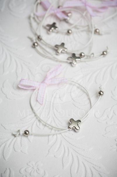 Μαρτυρικά βραχιόλια για βάπτιση με καρό ροζ φιογκάκι