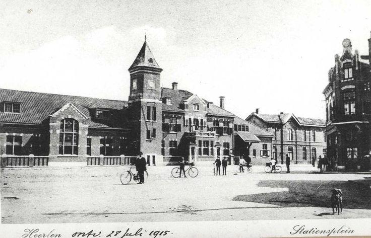 Heerlen | Het stationsgebouw Heerlen op een prentbriefkaart uit 1915