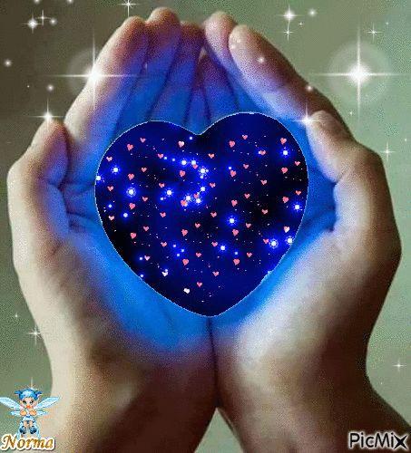 lustiges Bild 'Das Herz in der Hand.gif' von Floh. Eine von 327 Dateien in der Kategorie 'animierte Bilder' auf FUNPOT.