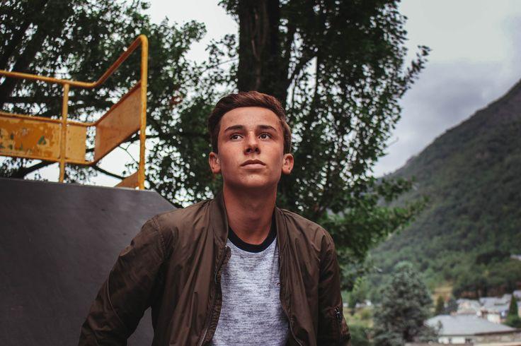 Boy, man, male and teen HD photo by Augustin de Montesquiou (@augustindem) on Unsplash