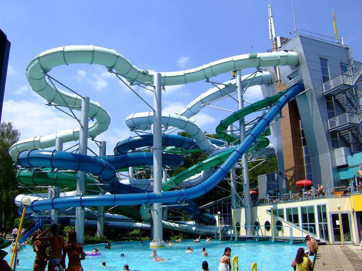 e-10-beste-waterparken-van-europa. Gaan n s checken ;-) Iemand ooit geweest ? Duinrell Tikibad in Wassenaar, Nederland