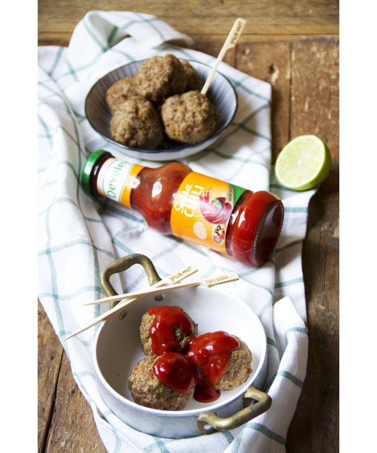 Polpette al lime con salsa chili - Lime meatballs served with chili sauce