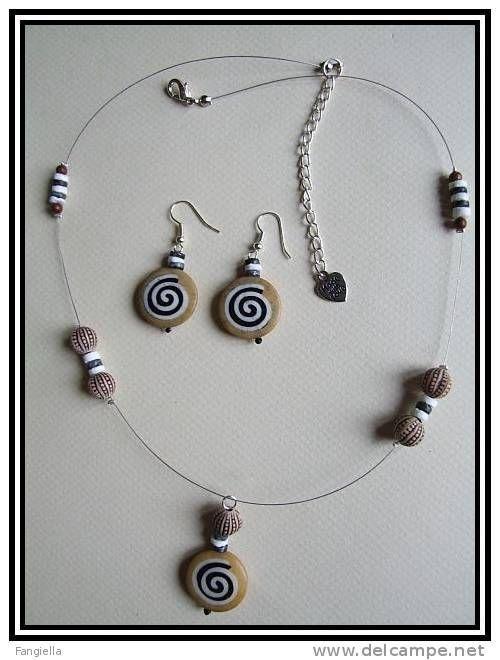 Collier artisanal et boucles d´oreilles marron noir os et coquillage