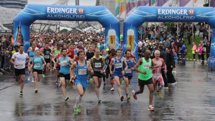 Start Halbmarathon München 2015 im Olympiapark am 17.05.2015 (Frühjahrsl...