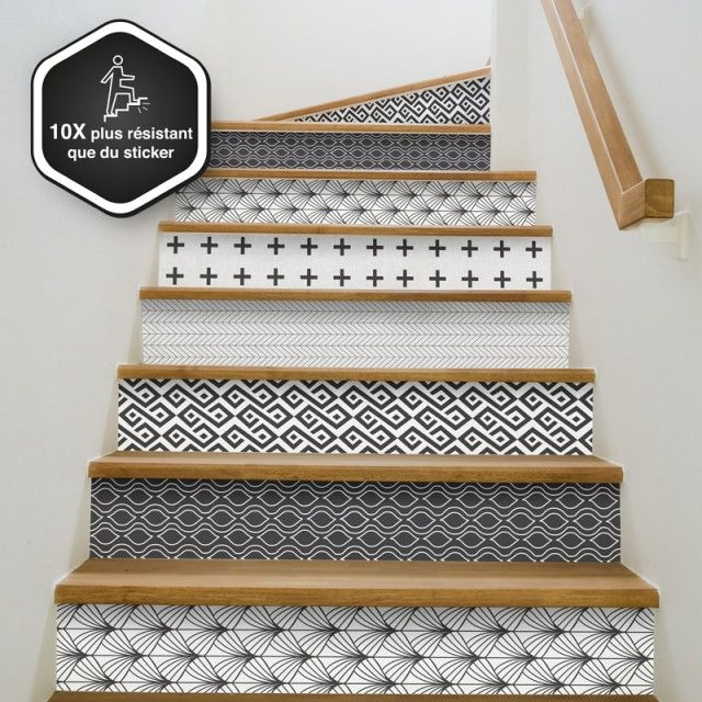 """Lot de 5 contremarches aux motifs assortis --- Le Home staging n'aura plus de secret pour vous ! Rénover votre escalier n'a jamais été aussi facile grâce à nos Contremarches décoratives et prêtes à coller. --- VOUS AIMEZ CES MOTIFS? : Retrouvez les dans notre autre collection : Tapis déco. --- Vous hésitez encore? Choisissez l'option """"échantillon"""" dans le menu déroulant ci-dessous :"""