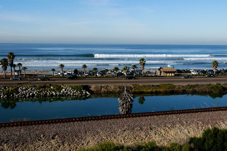What every surfer hopes to see when pulling up for a surf check at Cardiff. Photo: McGuinness