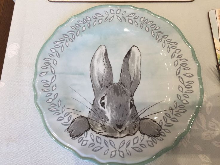 Pottery Barn Kids EASTER Beatrix Potter CHARGER PLATE Peter Rabbit Dining Table