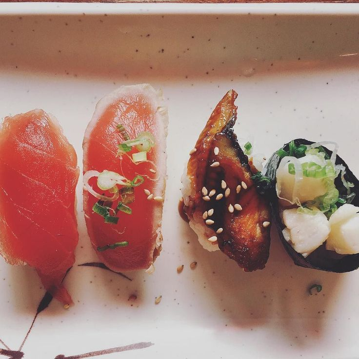 Angela dreams of AYCE sushi  #tbt #ayce #sushi #nigiri #tataki #tuna #eel #scallops #rawfood #foodie #latergram #nyceats by anngeelaa