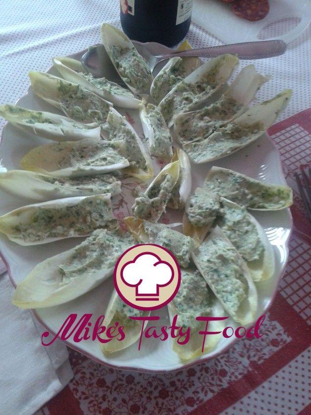 Indivia con stracchino, rucola e prosciutto cotto – Mike's Tasty Food