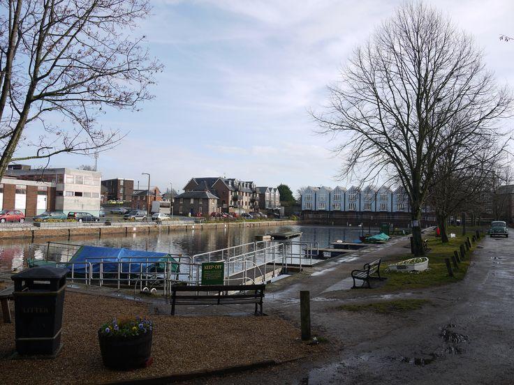Description Chichester canal basin 2011.JPG