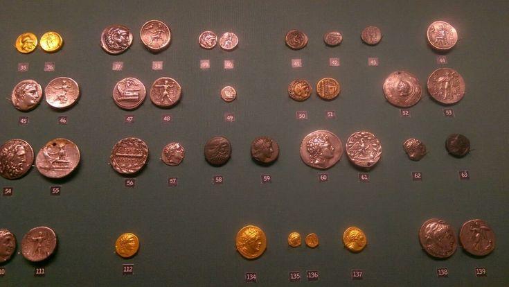 Старинные монеты представлены на XIX Всероссийской нумизматической конференции