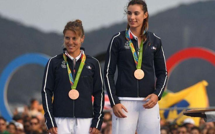 Camille Lecointre et Hélène Defrance médaille de bronze en voile aux JO de Rio - 18 août 2016