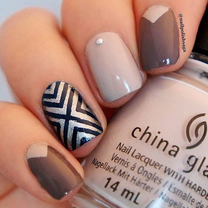 ✨Fancy yet neutral mani by @nailpolishsaga Love it!✨ - Right Angle Nail Vinyls (X Pattern) & Medium Single Chevron Nail Vinyls found at: snailvinyls.com
