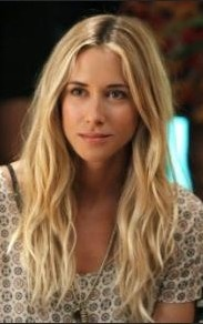 Ivy Sullivan by Gillian Zinser in 90210, 2008-