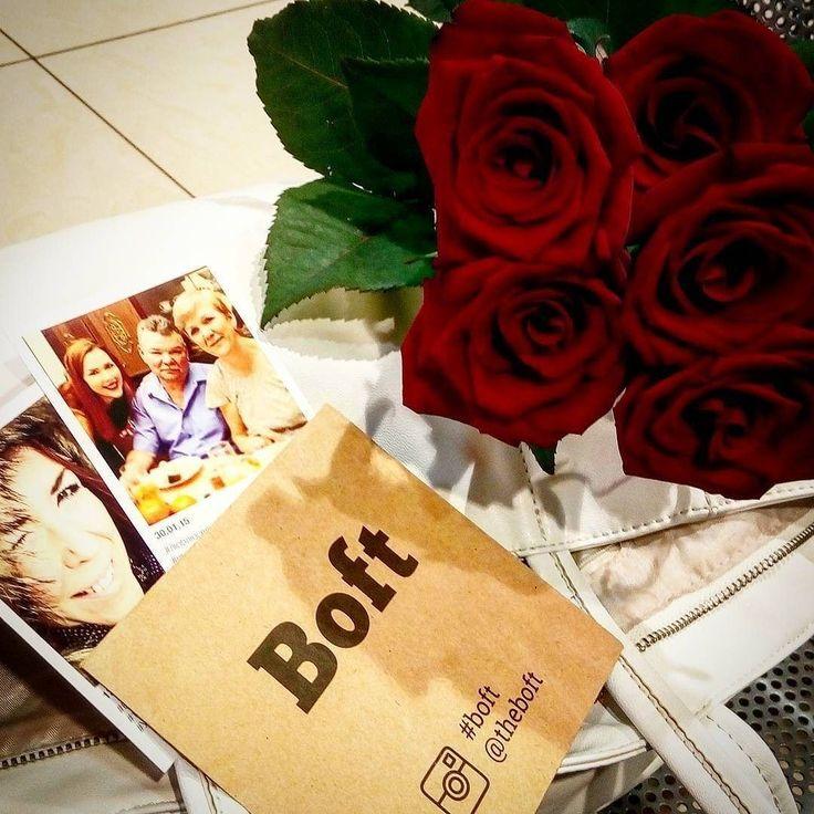 Доброе утро Ульяновск! #Repost @chibovachibova Сегодня у моих мамы с папой годовщина) 32 года со дня свадьбы! Мои хорошие я Вас очень люблю и поздравляю! Заодно забежала в #Самолет #ульяновск забрать подарок от #Boft давно меня тут ждут...Ребятки спасибо))) #ulsk #ulyanovsk #ульяновск #симбирск #аквамолл #simbirsk #улгу #улгпу #улгту #увауга #угсха #boft #boft_ulsk