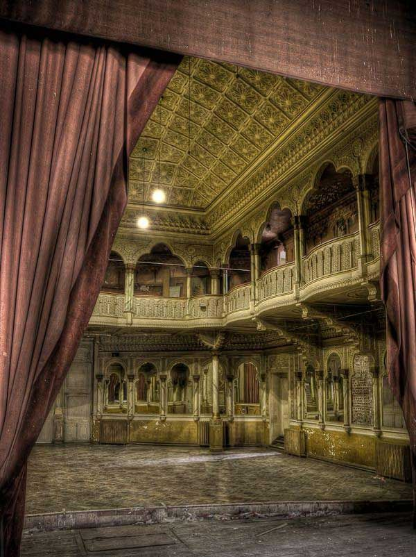 A theater in Belgium that has been abandoned for the past 25 years. Incredible. I can see Phantom of the Opera being performed here.