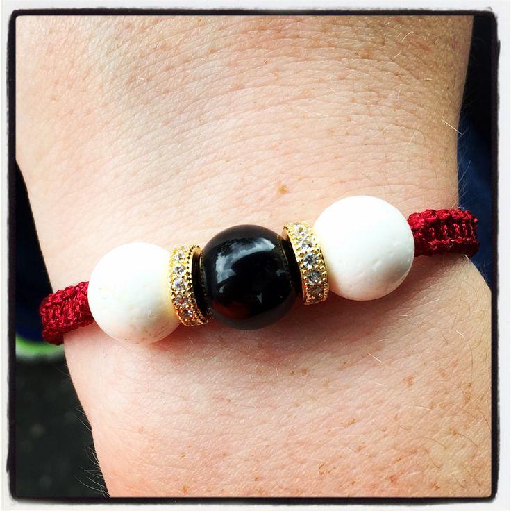 En af gaverne var et armbånd som jeg havde fået custom made hos Morten Timm