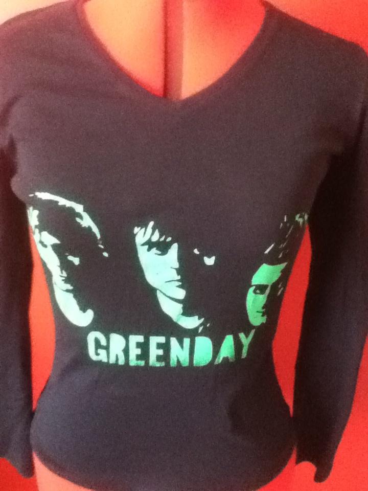Screen printed green day shirt