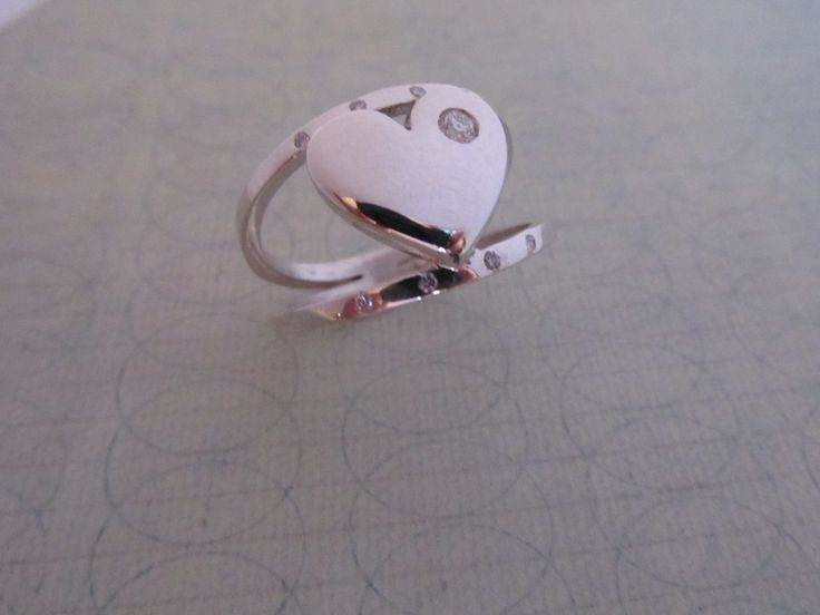 Sterling Silver Split band Heart Ring with diamonds