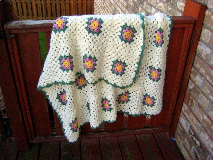 Vintage Granny Square Blanket,car blanket,picnic blanket,Granny Square Afghan,Vintage Throw at Designs by Willowcreek on Etsy by DesignsByWillowcreek on Etsy