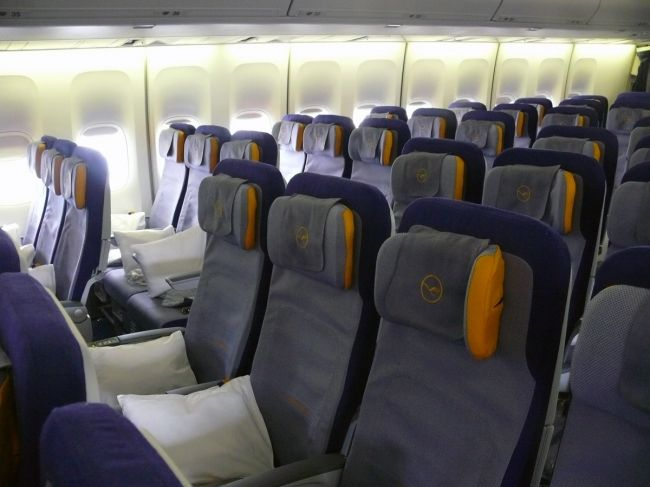 44 best images about teknik a ronautique on pinterest for Avion 747 interieur