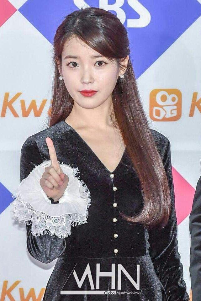 IU 171225 SBS Gayo Daejeon 2017